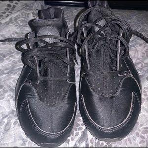 Black Huaraches Shoes